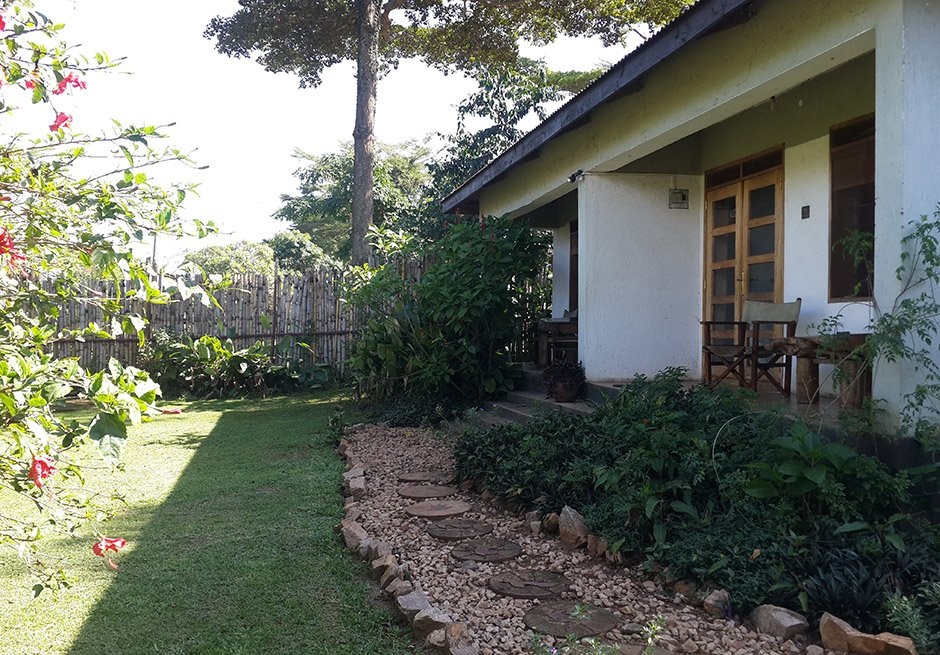 Gately Inn Entebbe Luxury Garden Cottage Accommodation B&B