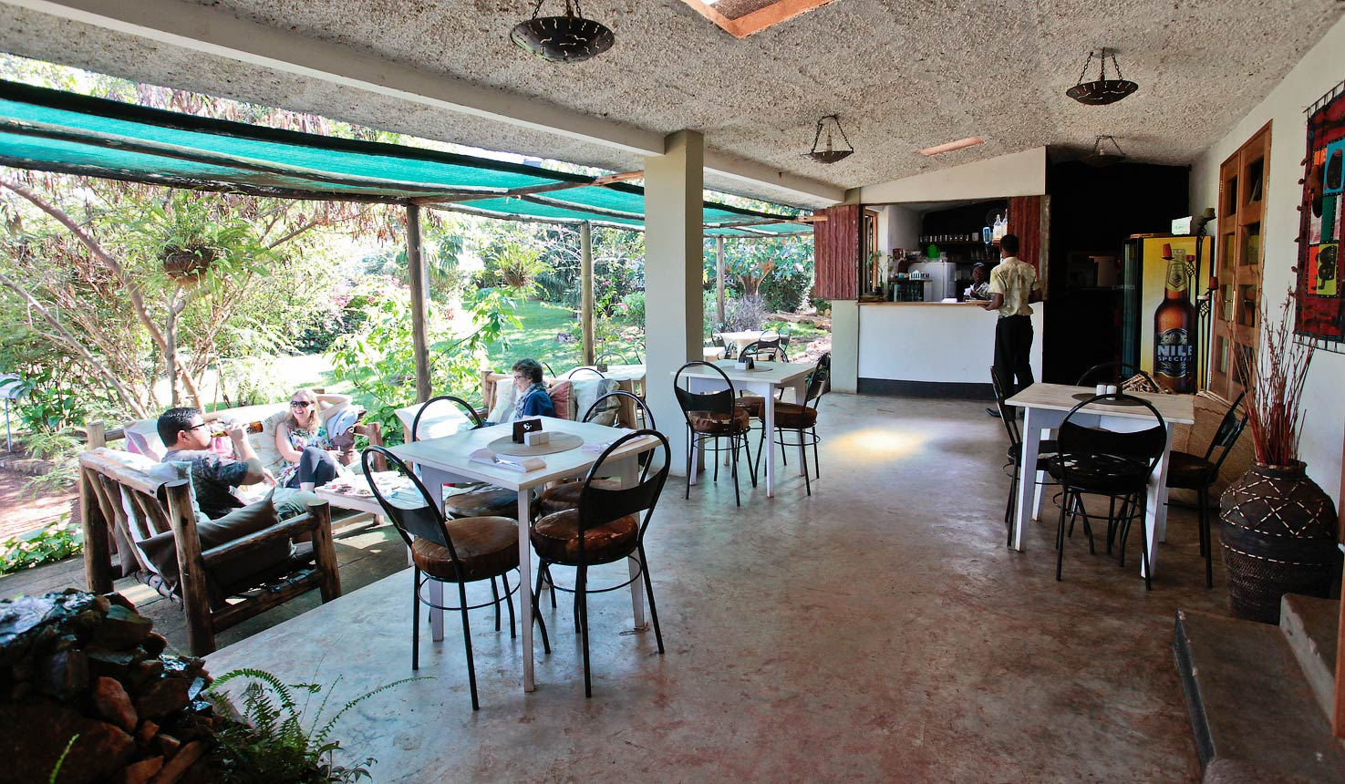 Gately Inn Coffee Lounge - Best Restaurant and Coffee Shop in Entebbe