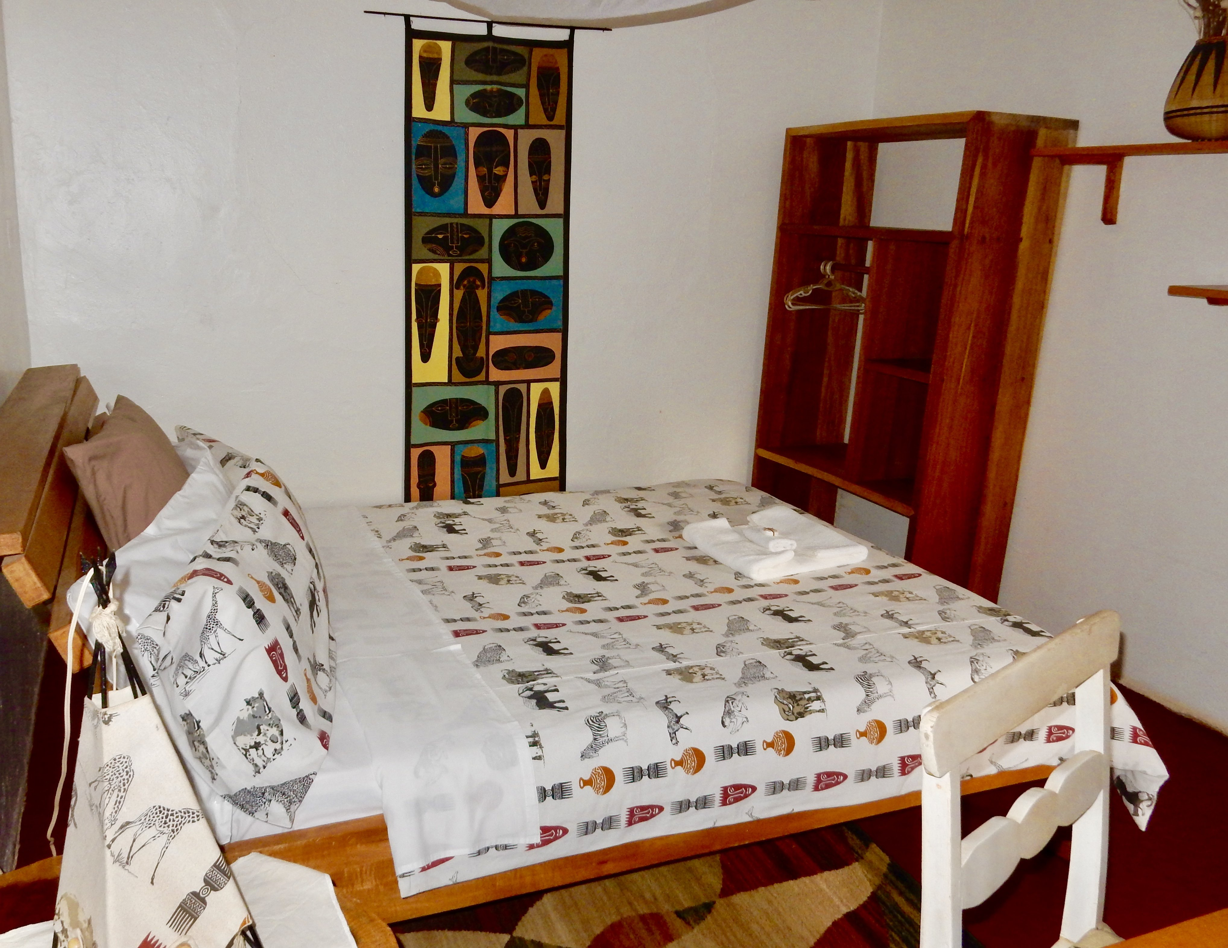 Budget Rooms - Bed and Breakfast Hotel in Entebbe, Uganda